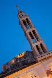 Campanario de la catedral de San Jorge -Agios Georgios- (s.XVI) con el Palamidi al fondo (20/09/2015)