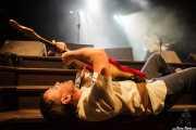 Adam Gimbel, bajista de The Schizophonics, Kafe Antzokia, Bilbao. 2015