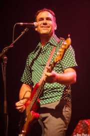 "Adam Gimbel ""Little Adam"", bajista y cantante de The Little Richards, Kafe Antzokia, Bilbao. 2015"