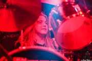 Dennis Holm, baterista de Jared James Nichols, Santana 27, Bilbao. 2015