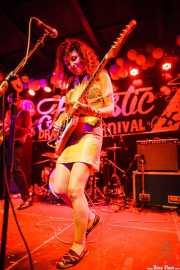 Lili Zeller, cantante, guitarrista de Chrome Reverse, Funtastic Dracula Carnival, Benidorm. 2015