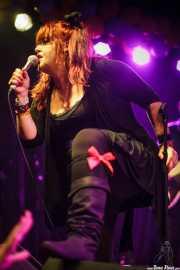 Nikki Corvette, cantante de Nikki Corvette & The Romeos, Funtastic Dracula Carnival, Benidorm. 2015