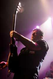 Tim Mosher -guitarra- y Todd Muscat -bajo- de Junkyard, Kafe Antzokia, Bilbao. 2015