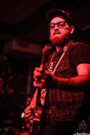 Mike Khalil, guitarrista de Bob Wayne & The Outlaw Carnies, Kafe Antzokia, Bilbao. 2015