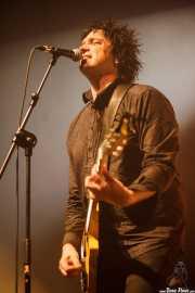 Sulo, cantante y guitarrista de The Crunch, Kafe Antzokia, Bilbao. 2015
