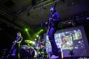 Judah Bauer -guitarra-, Russell Simins -batería- y Jon Spencer -voz, guitarra y theremin- de The Jon Spencer Blues Explosion, Santana 27, Bilbao. 2015