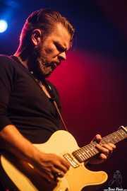 Matt Hill, guitarrista de Nikki Hill, Kafe Antzokia, Bilbao. 2015