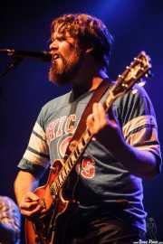 Ewan Currie, cantante, guitarrista y teclista de The Sheepdogs, Kafe Antzokia, Bilbao. 2015