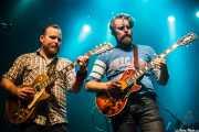 Ewan Currie -voz, guitarra, teclados- y Jimmy Bowskill -guitarra- de de The Sheepdogs, Kafe Antzokia, Bilbao. 2015