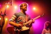 Ewan Currie -voz, guitarra, teclados- y Ryan Gullen -bajo- de The Sheepdogs, Kafe Antzokia, Bilbao. 2015