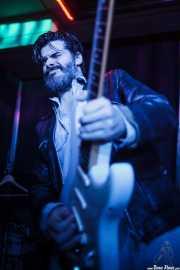 Álvaro Segovia, guitarrista invitado de Screamin' George & The Hustlers, Kafe Antzokia, Bilbao. 2015