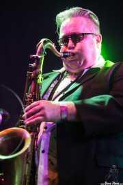 Alex Bland, saxofonista de Sister Cookie (Purple Weekend Festival, León)