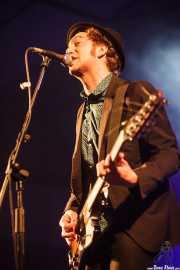 Kurt Baker, cantante y guitarrista de Kurt Baker Combo (Purple Weekend Festival, León, 2015)