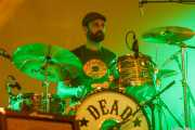 Jokin Corral, baterista de Dead Bronco (Santana 27, Bilbao, 2015)