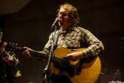 Alan Tyler, cantante, guitarrista y armonicista de The Alan Tyler Show (Colegio de Abogados, Bilbao, 2016)