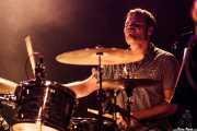 Natxo Beltrán, baterista de Margo Cilker & The Drunken Angels (Kafe Antzokia, Bilbao, 2016)