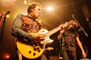 Joseba Irazoki -guitarra- y Dan Wilson -voz- de Los Separatistas (Kafe Antzokia, Bilbao, 2016)