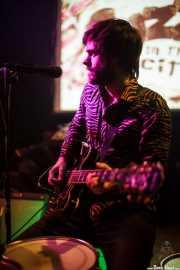 Guillermo Sinnerman, cantante y guitarrista de Los Bengala (Hika Ateneo, Bilbao, 2016)