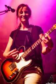 Leire Heras-Gröh, guitarrista de Moonshakers (Kafe Antzokia, Bilbao, 2016)