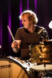 Bob Hogenelst, baterista de Birth of Joy (Kafe Antzokia, Bilbao, 2016)