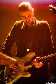 Juan Escribano, guitarrista de WAS (Social Antzokia, Basauri, 2016)