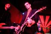 Iván Flores -bajo-, Javi Diesel -voz y guitarra- y Juan Marco -batería- de The Diesel Dogs (Phantom Club, Madrid, 2016)
