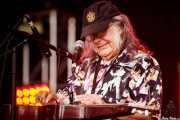 David Lindley, guitarrista y cantante, aquí con la Lap Steel Guitar (Music Legends Fest, Sondika, 2016)