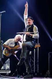 Ian Anderson -voz, flauta, ukelele- y David Goodier -bajo- de Jethro Tull / Ian Anderson Band (Music Legends Fest, Sondika, 2016)