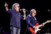 Roger Daltrey -voz y guitarra- y Pete Townshend -guitarra- de The Who (Azkena Rock Festival, Vitoria-Gasteiz, 2016)