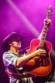 Eddie Spaghetti, cantante, bajista y guitarrista de Supersuckers (Azkena Rock Festival, Vitoria-Gasteiz, 2016)