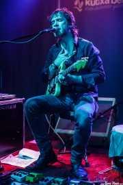 Julien Elsie, cantante y guitarrista (Kafe Antzokia, Bilbao, 2016)