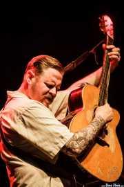 Danny George Wilson, cantante y guitarrista de Danny & The Champions Of The World (Sala BBK, Bilbao, 2016)