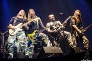"""Thorbjörn """"Thobbe"""" Englund -guitarra-, Pär Sundström -bajo-, Joakim Brodén -voz y guitara- y Chris Rörland -guitarra- de Sabaton (, , 2016)"""