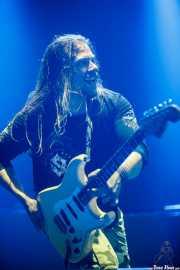 "Thorbjörn ""Thobbe"" Englund, guitarrista de Sabaton (, , 2016)"