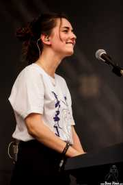 Julia Urreaga, cantante y teclista de Rural Zombies (Bilbao BBK Live, Bilbao, 2016)