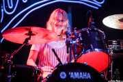 Amber Grimbergen, baterista de Hinds (Bilbao BBK Live, Bilbao, 2016)