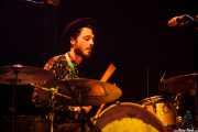 Joshua Díaz Martínez, baterista de Hola A Todo El Mundo (Bilbao BBK Live, Bilbao, 2016)