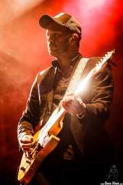 Luis Rodríguez, guitarrista de León Benavente (Bilbao BBK Live, Bilbao, 2016)