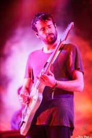 Jimmy Smith, guitarrista de Foals (Bilbao BBK Live, Bilbao, 2016)