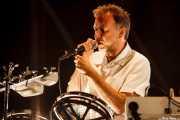 Stephen Dewaele, cantante de Soulwax (Bilbao BBK Live, Bilbao, 2016)