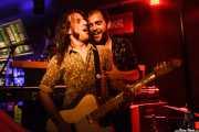 Joseba B. Lenoir -guitarra- y Mikel Larratxe -voz- de Spencer Salmon (Kremlin Aretoa, Bilbao, 2016)
