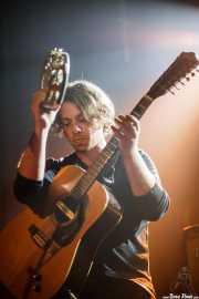 Ben Rider, guitarrista de Jacco Gardner (Sala Stage Live (Back&Stage), Bilbao, 2016)