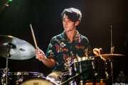 Nic Niggebrugge, baterista de Jacco Gardner (Sala Stage Live (Back&Stage), Bilbao, 2016)