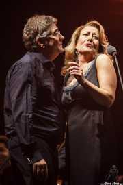 Marco de Prosperis -director- y Ainhoa Zubillaga -voz mezzosoprano- interpretando Voces de cine (Aste Nagusia - Abandoibarra, Bilbao, 2016)