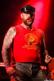 "Anthony Madsen-Sylvester ""The Duke of Nothing"", cantante de Turbonegro (Gasteiz Calling, Vitoria-Gasteiz, 2016)"