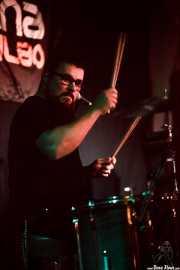Javi Arias, baterista de Soul Gestapo (Sala Azkena, Bilbao, 2016)