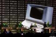 Ralf Hütter -teclado y voz-, Henning Schmitz -percusión electrónica y efectos-, Fritz Hilpert -percusión electrónica y efectos- y Falk Grieffenhagen -video- de Kraftwerk (Museo Guggenheim, Bilbao, 2016)