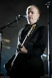 Mick Harvey, teclista y bajista de PJ Harvey (BIME festival, Barakaldo, 2016)