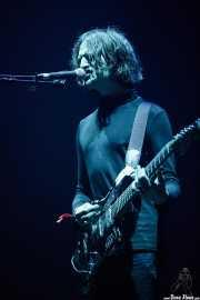 Tom Dougall, cantante y guitarrista de Toy (BIME festival, Barakaldo, 2016)