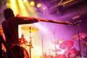 Chris Brooks, cantante, guitarrista y didgeridoo de Like a Storm (Santana 27, Bilbao, 2016)
